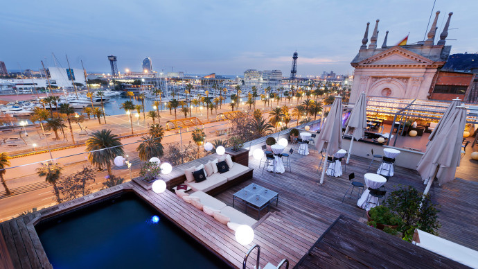 Barcelone-Hotel-Duquesa-de-Cardona-690x388