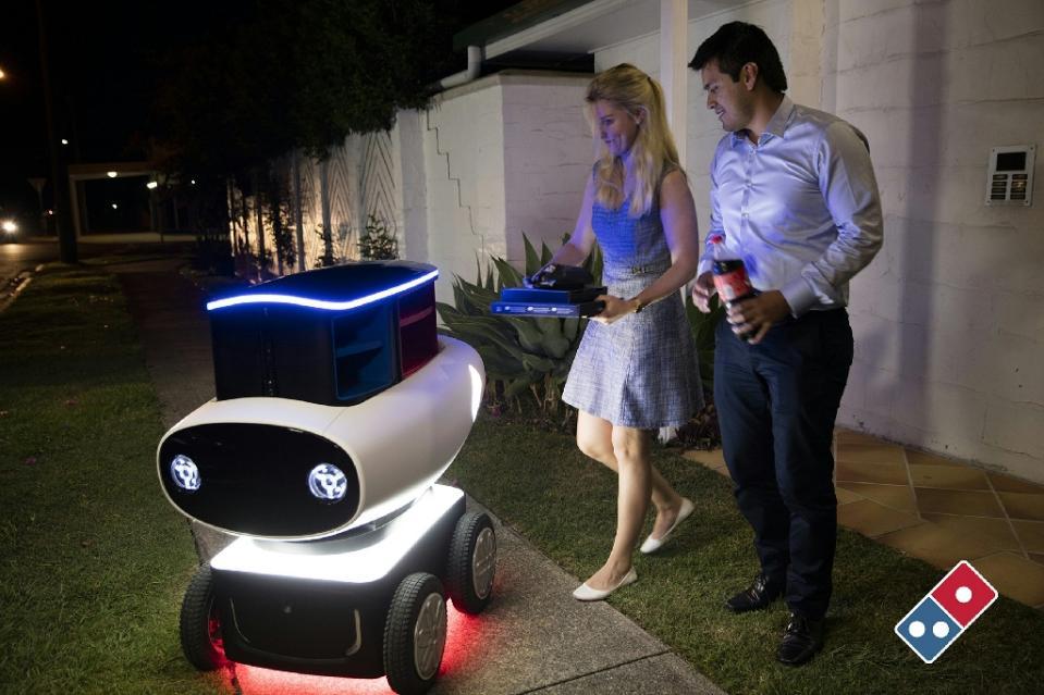robot-livreur-dominos